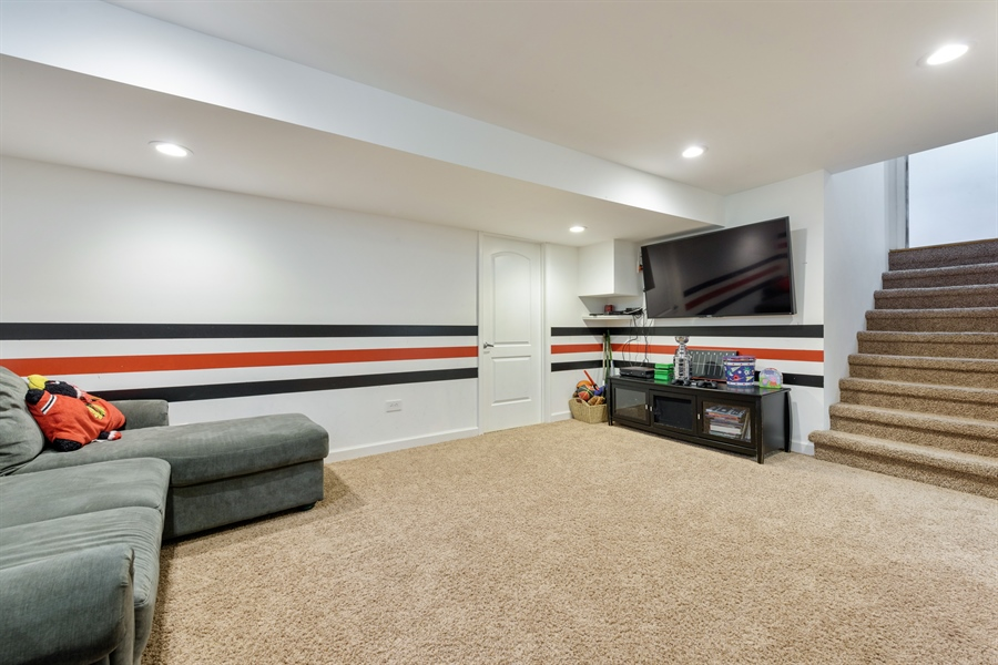 Real Estate Photography - 3219 MARY KAY, GLENVIEW, IL, 60026 - Recreational Room