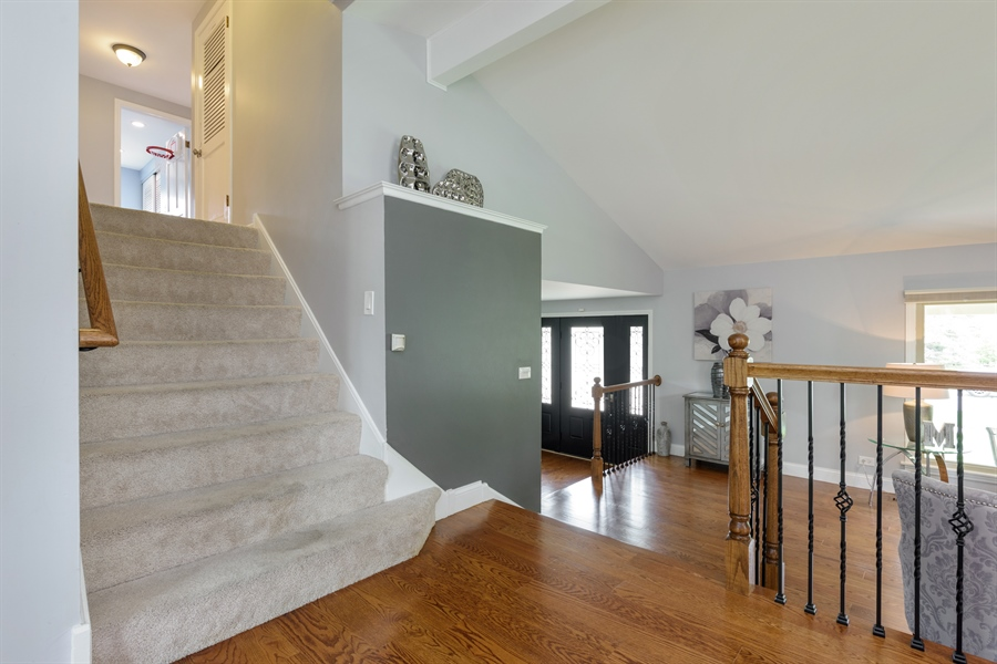 Real Estate Photography - 3219 MARY KAY, GLENVIEW, IL, 60026 - Staircase