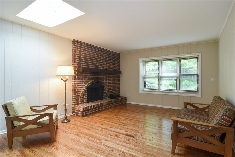Real Estate Photography - 1060 E.Cooper, Palatine, IL, 60074 - Family Room