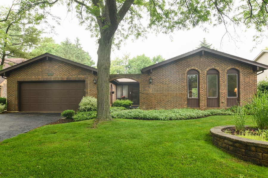 Real Estate Photography - 1060 E.Cooper, Palatine, IL, 60074 - Front View
