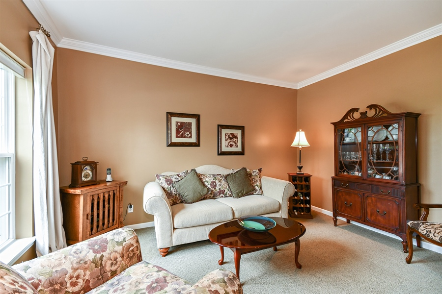 Real Estate Photography - 39W274 E Mallory Dr, Geneva, IL, 60134 - Living Room