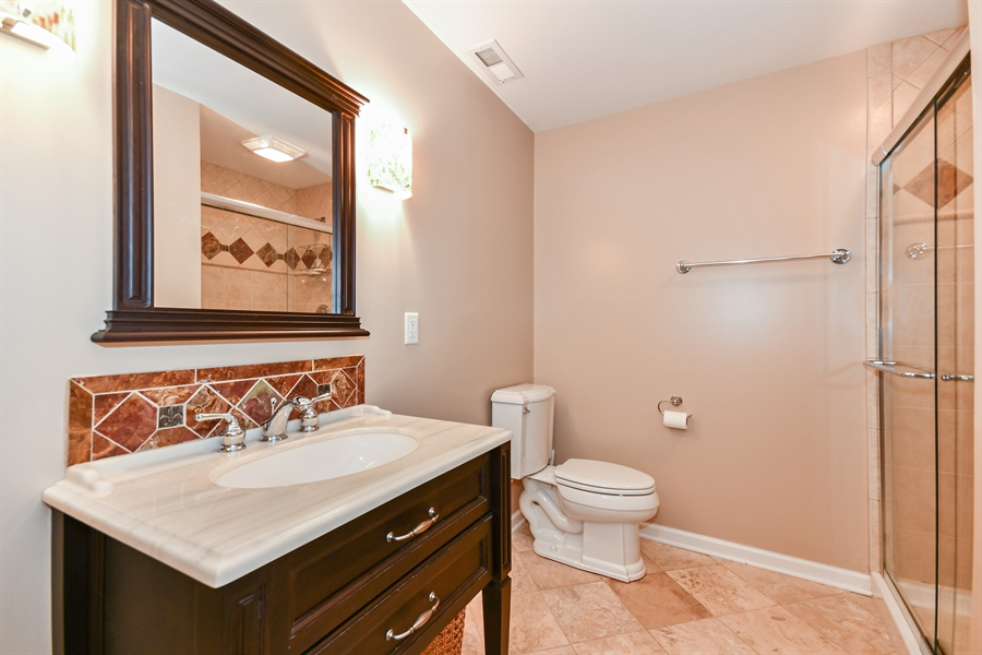 Real Estate Photography - 39W274 E Mallory Dr, Geneva, IL, 60134 - 3rd Bathroom