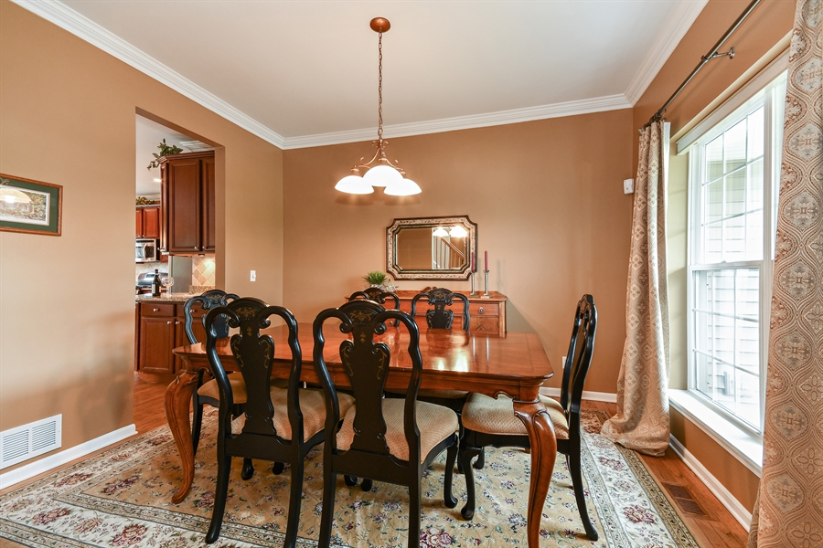 Real Estate Photography - 39W274 E Mallory Dr, Geneva, IL, 60134 - Dining Room