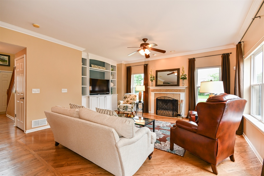 Real Estate Photography - 39W274 E Mallory Dr, Geneva, IL, 60134 - Family Room