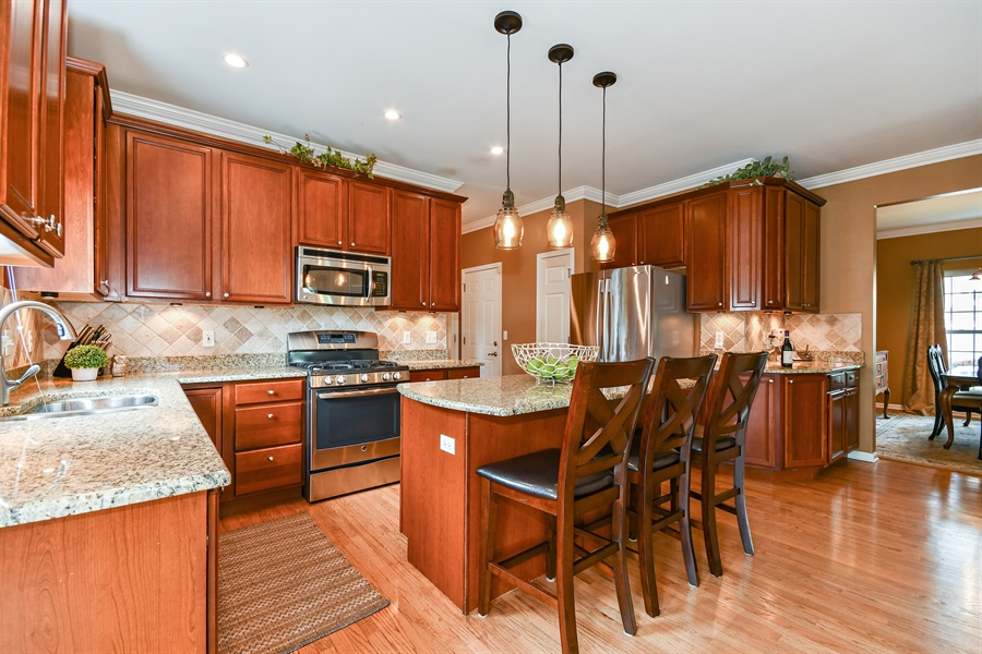 Real Estate Photography - 39W274 E Mallory Dr, Geneva, IL, 60134 - Kitchen