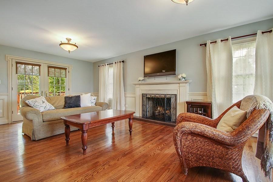 Real Estate Photography - 2750 Landwehr, Northbrook, IL, 60062 - Living Room