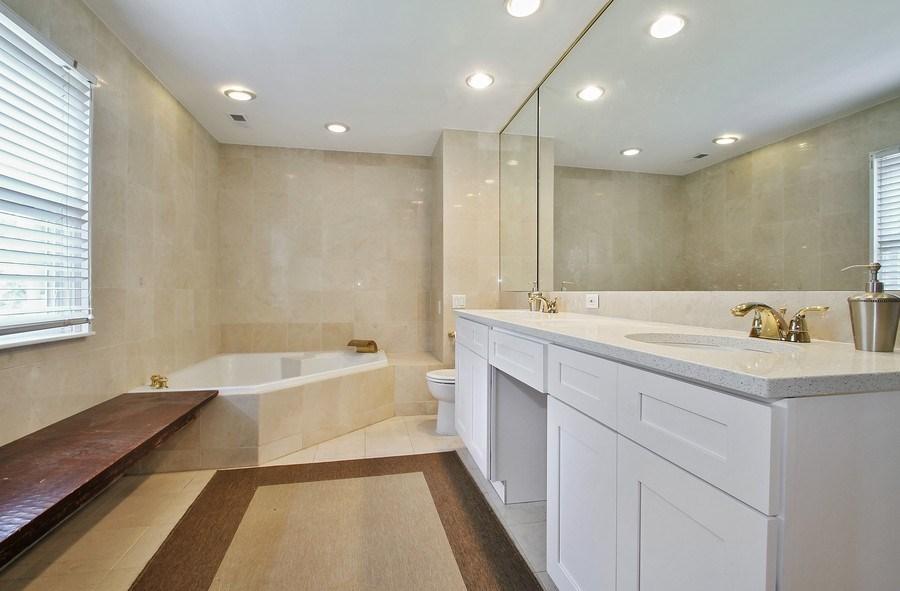 Real Estate Photography - 2750 Landwehr, Northbrook, IL, 60062 - Master Bathroom