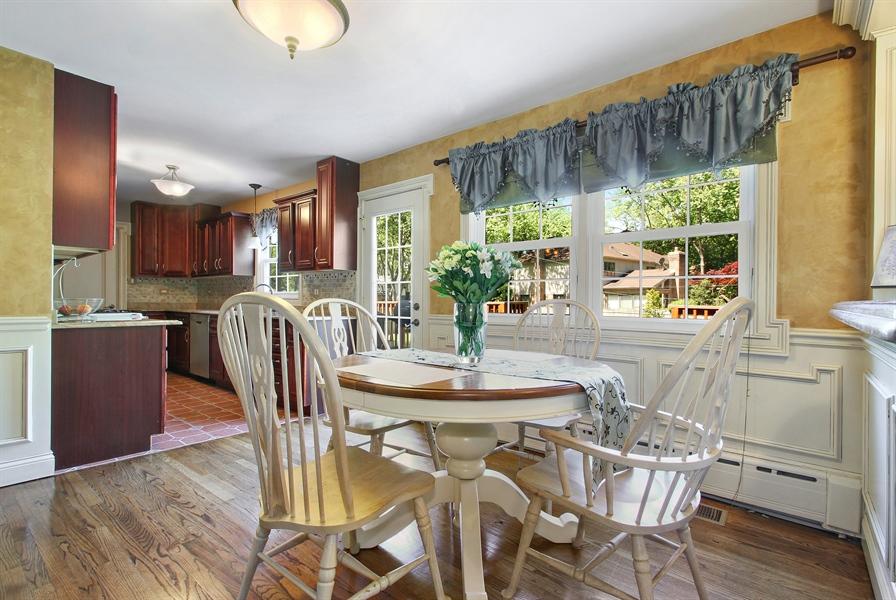 Real Estate Photography - 2750 Landwehr, Northbrook, IL, 60062 - Kitchen