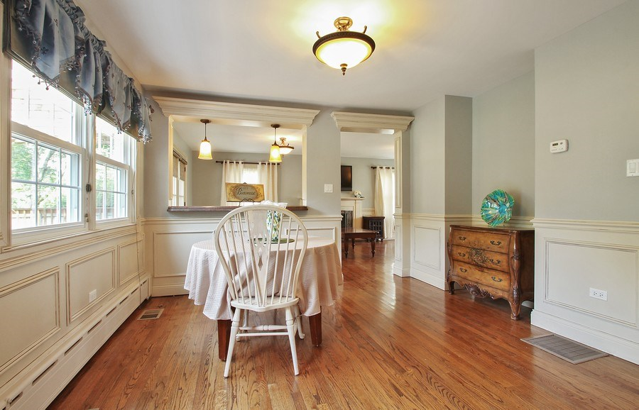 Real Estate Photography - 2750 Landwehr, Northbrook, IL, 60062 - Breakfast Area