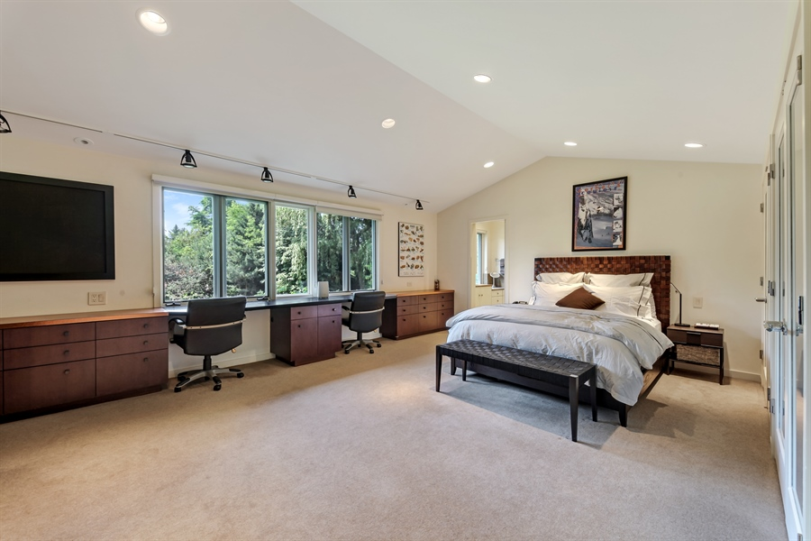 Real Estate Photography - 211 West Westminster, Lake Forest, IL, 60045 - 3rd Bedroom