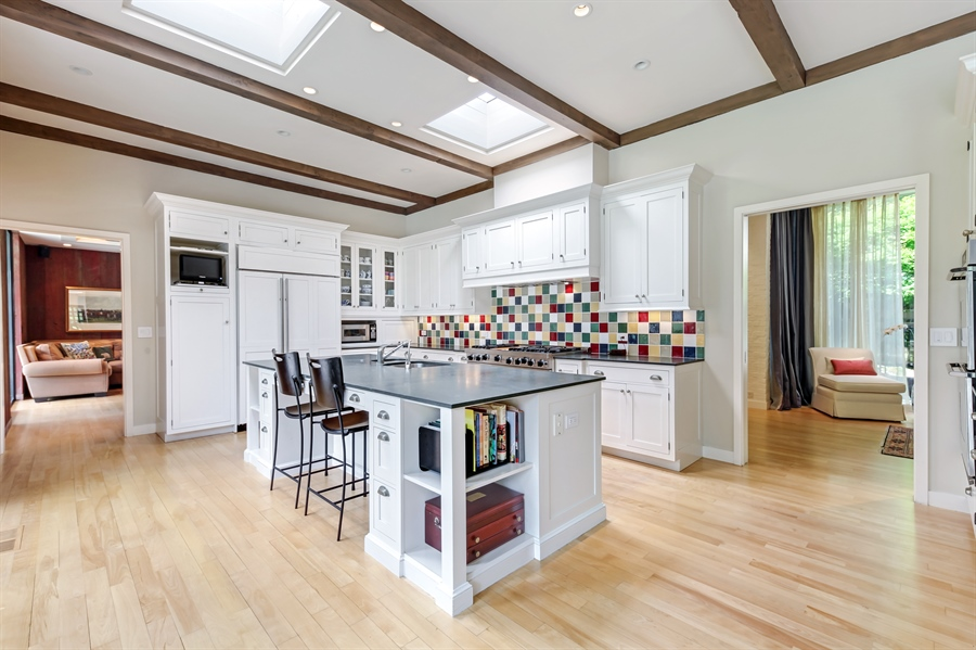 Real Estate Photography - 211 West Westminster, Lake Forest, IL, 60045 - Kitchen