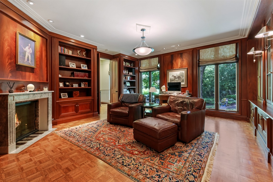 Real Estate Photography - 211 West Westminster, Lake Forest, IL, 60045 - Library