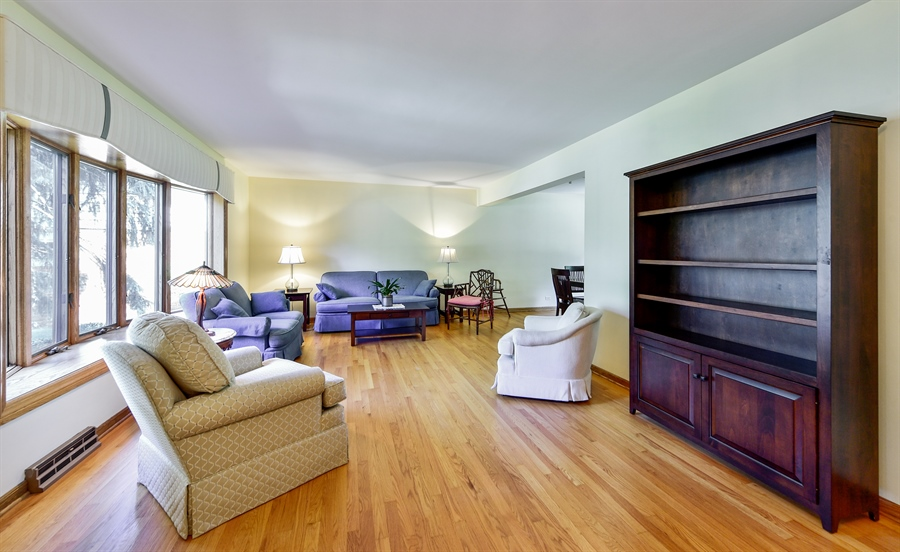Real Estate Photography - 505 E Atwood Ct., Elmhurst, IL, 60103 - Living Room