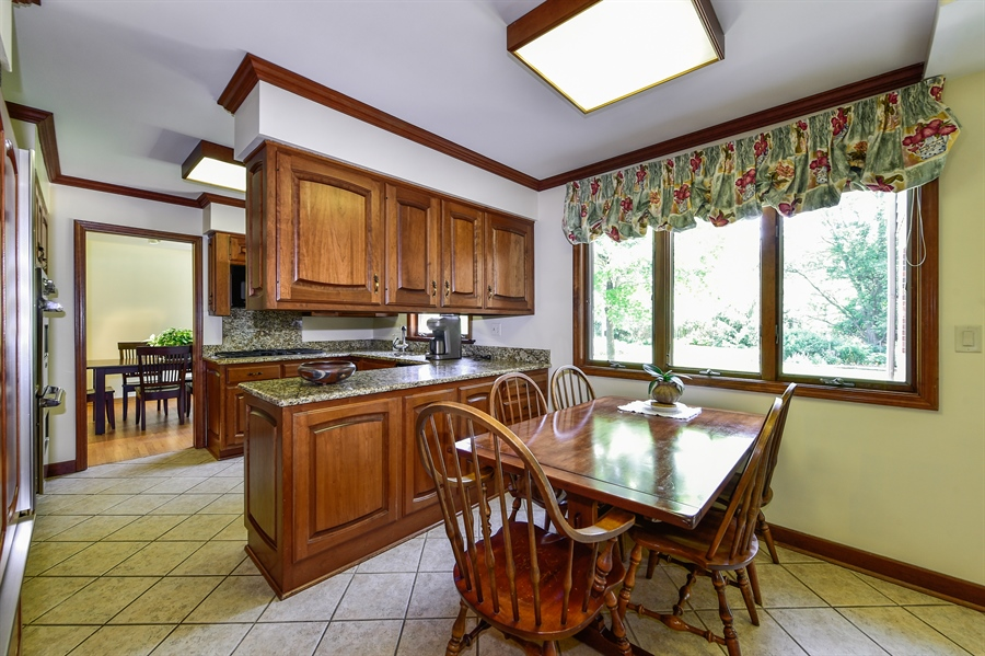 Real Estate Photography - 505 E Atwood Ct., Elmhurst, IL, 60103 - Kitchen / Breakfast Room