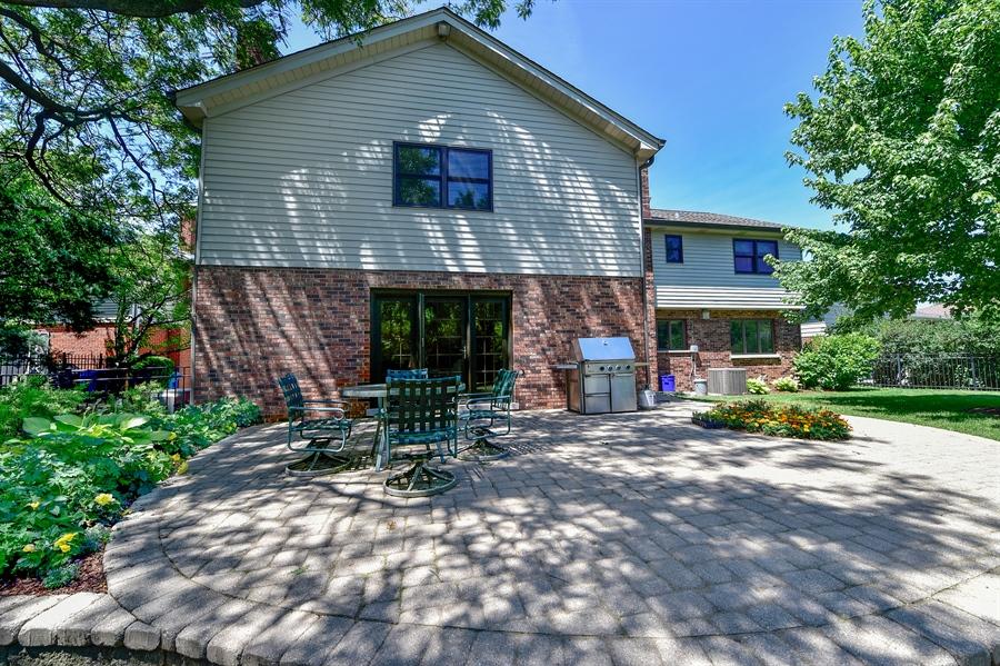 Real Estate Photography - 505 E Atwood Ct., Elmhurst, IL, 60103 - Patio