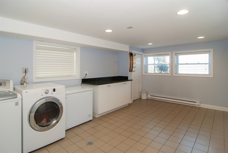 Real Estate Photography - 2428 Scoville, Berwyn, IL, 60402 - Laundry Room