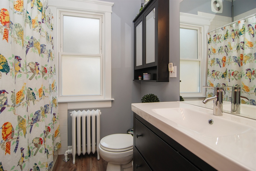 Real Estate Photography - 2428 Scoville, Berwyn, IL, 60402 - Bathroom