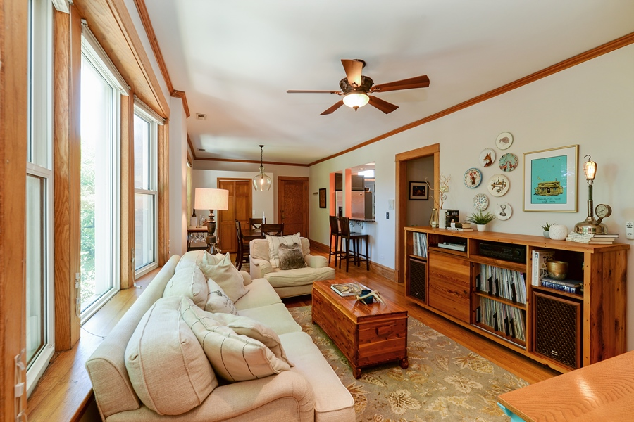 Real Estate Photography - 3340 N. Paulina, 3, Chicago, IL, 60657 - Great room