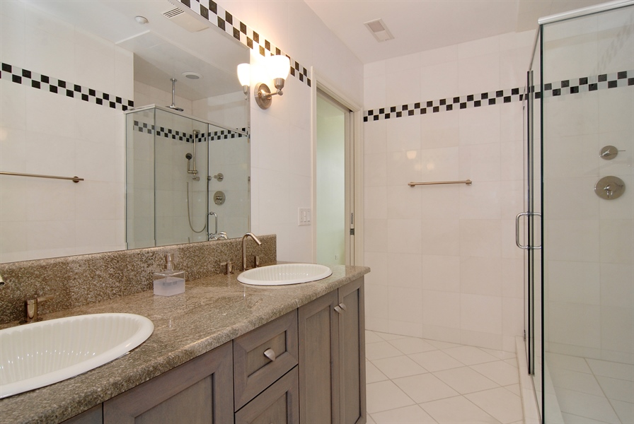 Real Estate Photography - 520 S Washington, Unit Penthouse 03, Naperville, IL, 60540 - 3rd Bathroom