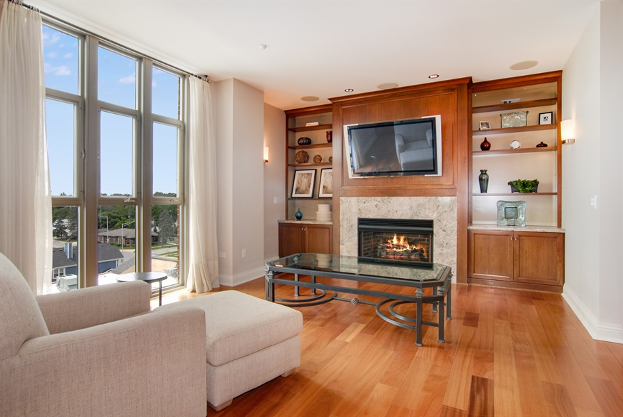 Real Estate Photography - 520 S Washington, Unit Penthouse 03, Naperville, IL, 60540 - Family Room