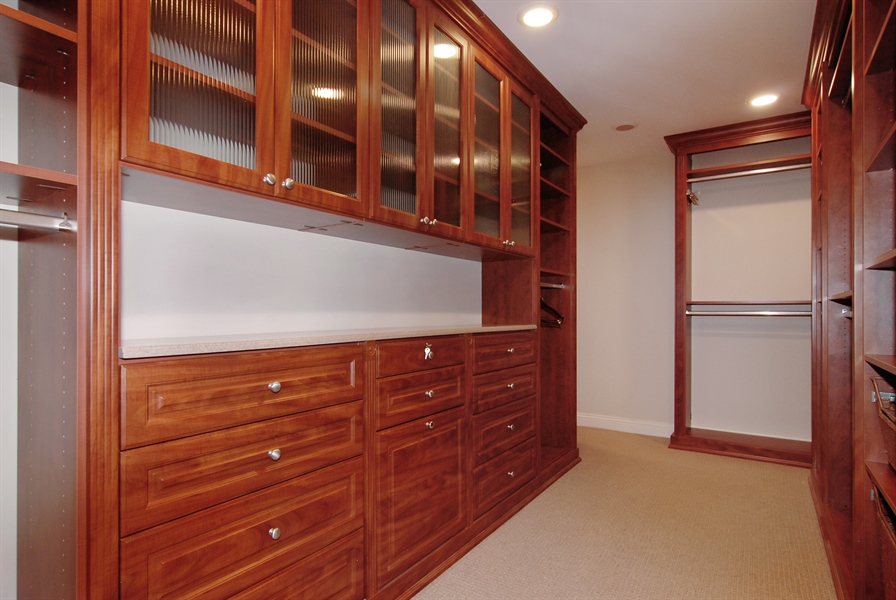 Real Estate Photography - 520 S Washington, Unit Penthouse 03, Naperville, IL, 60540 - Master Bedroom Closet