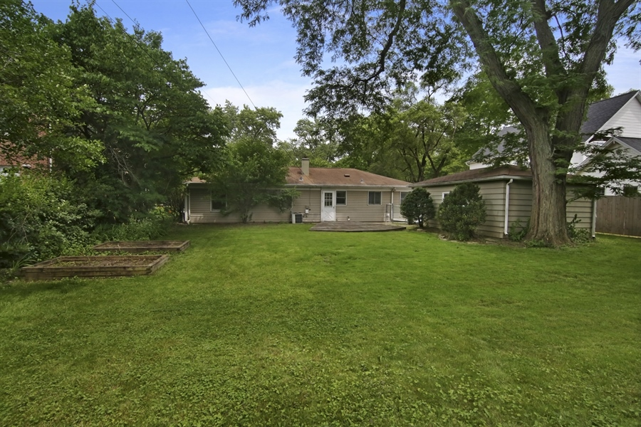 Real Estate Photography - 1060 Cedar, Northbrook, IL, 60062 - Rear View