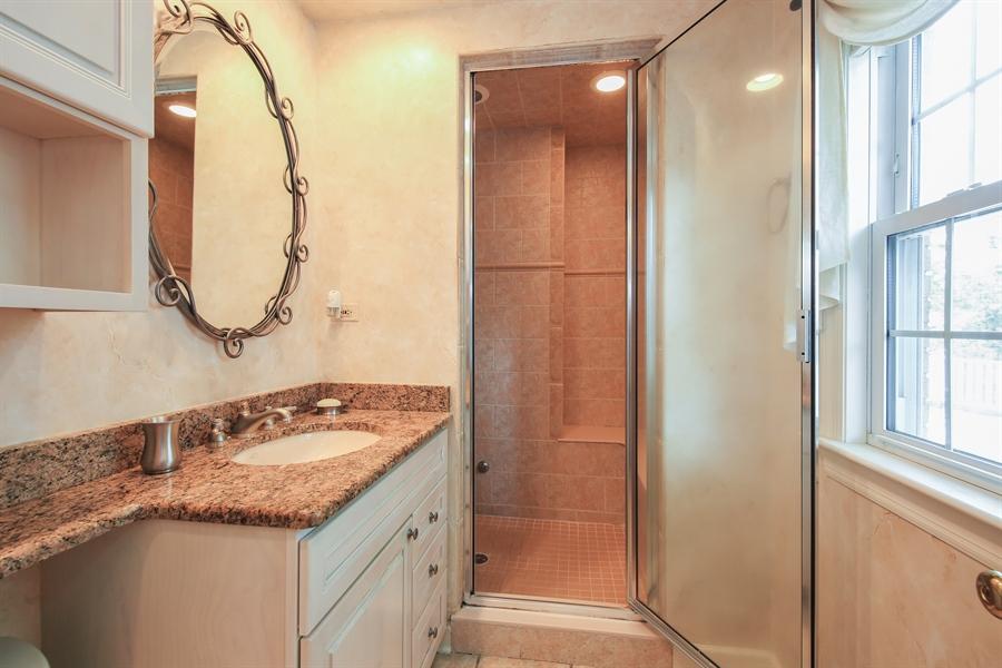Real Estate Photography - 511 N. Dover, La Grange Park, IL, 60526 - Master Bathroom