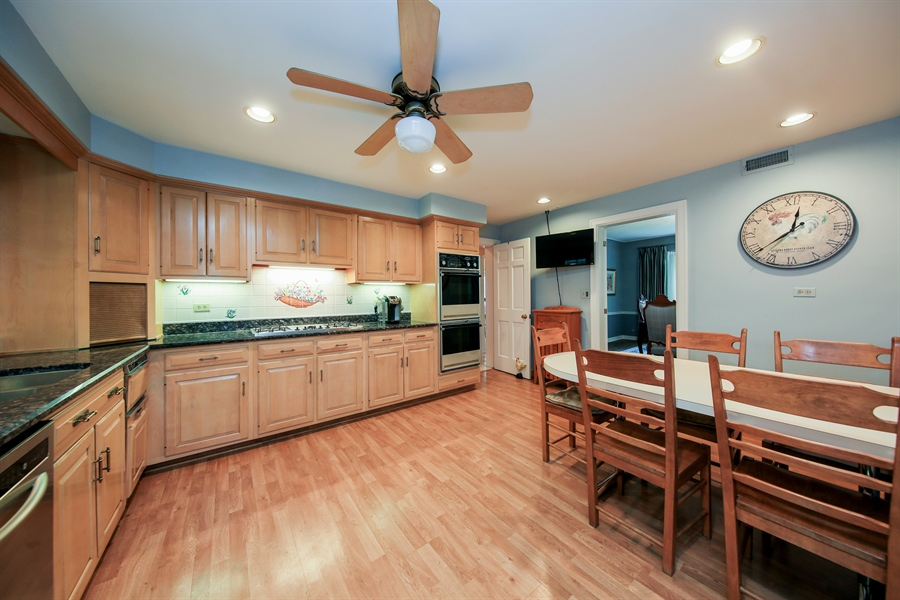 Real Estate Photography - 511 N. Dover, La Grange Park, IL, 60526 - Kitchen