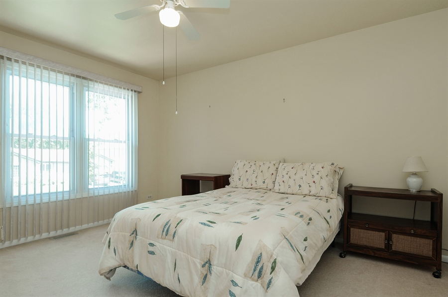 Real Estate Photography - 649 Cochise, Bolingbrook, IL, 60440 - 2nd Bedroom