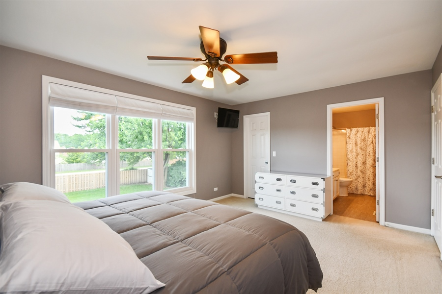 Real Estate Photography - 1113 Country Glen, Carol Stream, IL, 60188 - Master Bedroom