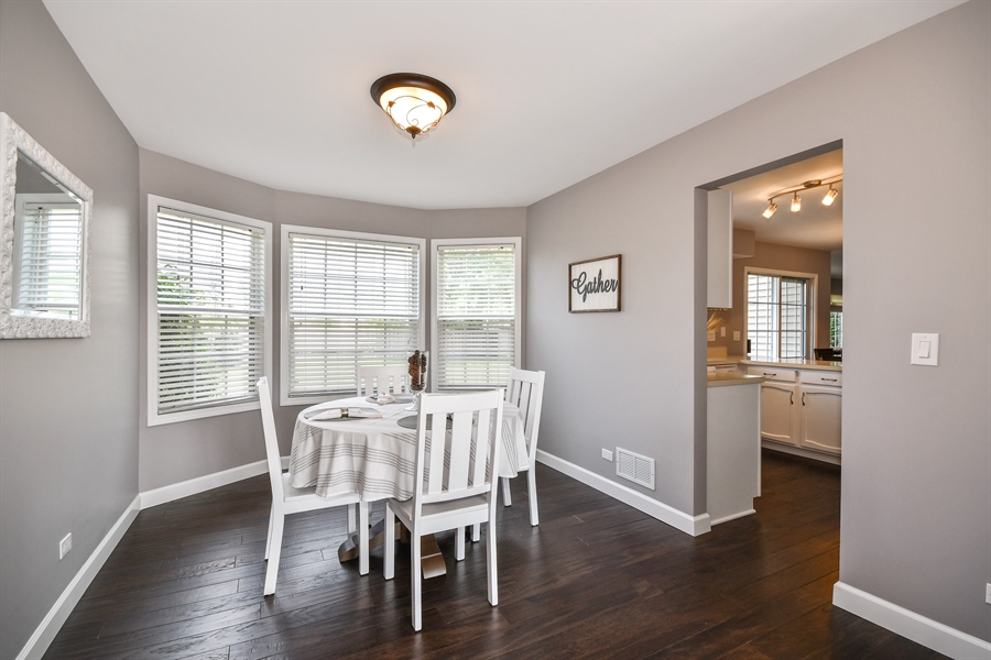 Real Estate Photography - 1113 Country Glen, Carol Stream, IL, 60188 - Dining Room