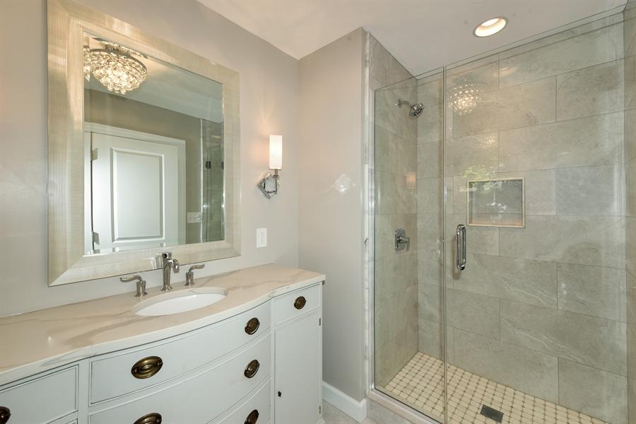 Real Estate Photography - 6344 Pontiac Dr., DR, INDIAN HEAD PARK, IL, 60525 - Master Bathroom