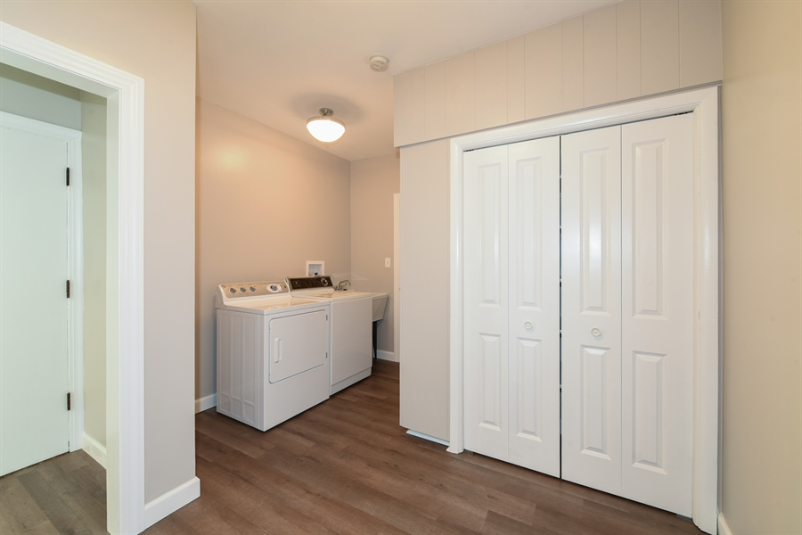 Real Estate Photography - 6344 Pontiac Dr., DR, INDIAN HEAD PARK, IL, 60525 - Laundry Room