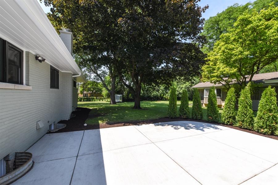 Real Estate Photography - 6344 Pontiac Dr., DR, INDIAN HEAD PARK, IL, 60525 - Patio