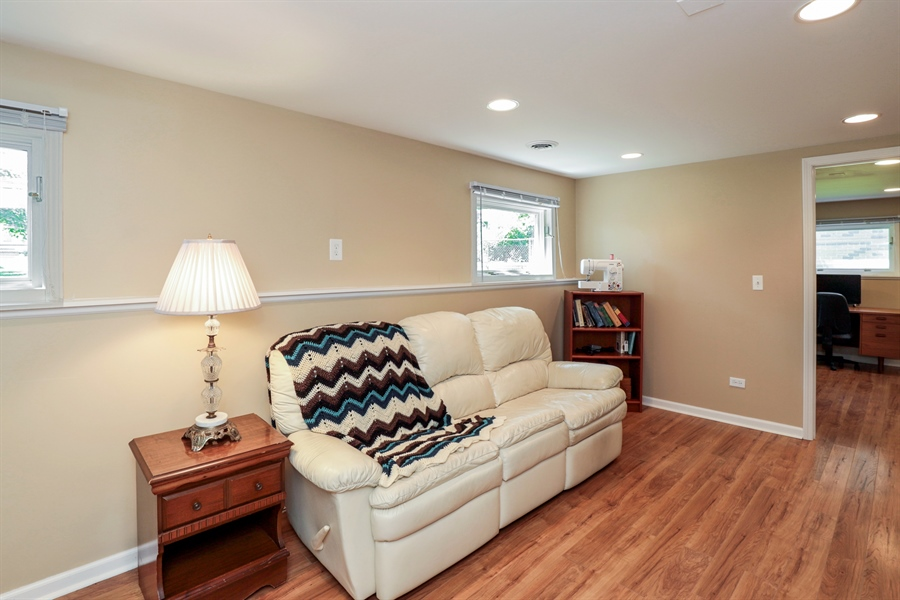 Real Estate Photography - 33296 N. Valley View Dr, GRAYSLAKE, IL, 60030 - Recreational Room