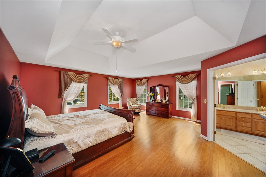 Real Estate Photography - 1448 N. Yale Ave., -, Arlington Hts, IL, 60004 - Master Bedroom