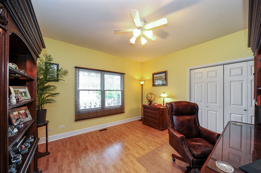 Real Estate Photography - 1448 N. Yale Ave., -, Arlington Hts, IL, 60004 - Office
