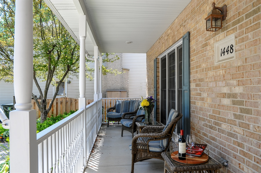 Real Estate Photography - 1448 N. Yale Ave., -, Arlington Hts, IL, 60004 - Porch
