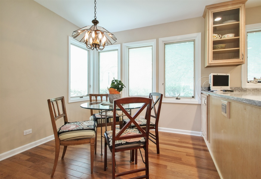 Real Estate Photography - 1403 Estate Lane, Glenview, IL, 60025 - Breakfast Area