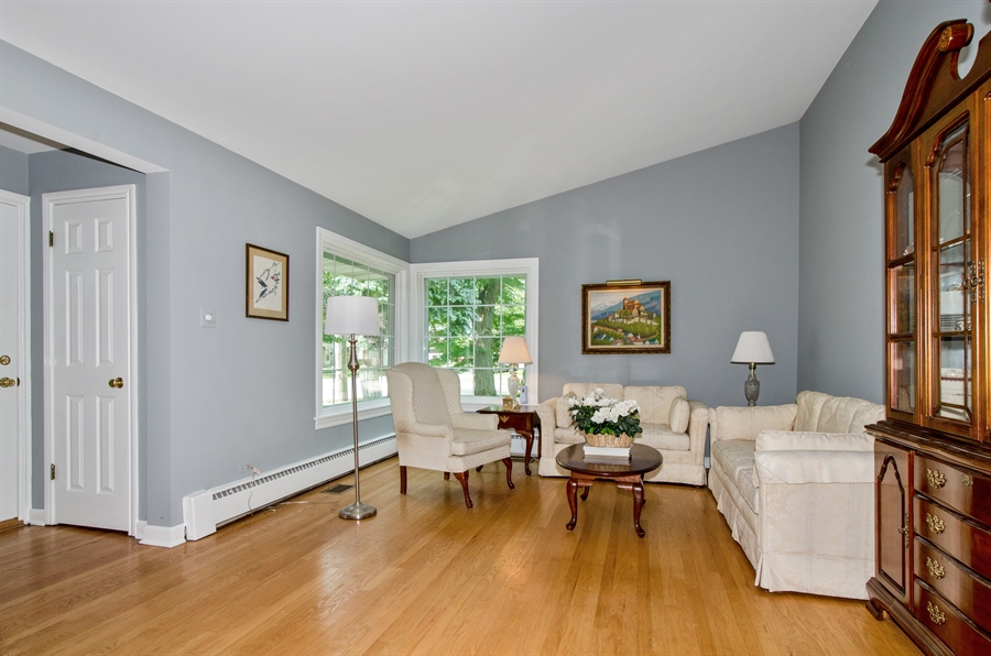 Real Estate Photography - 1701 S Greenwood, Park Ridge, IL, 60068 - Living Room
