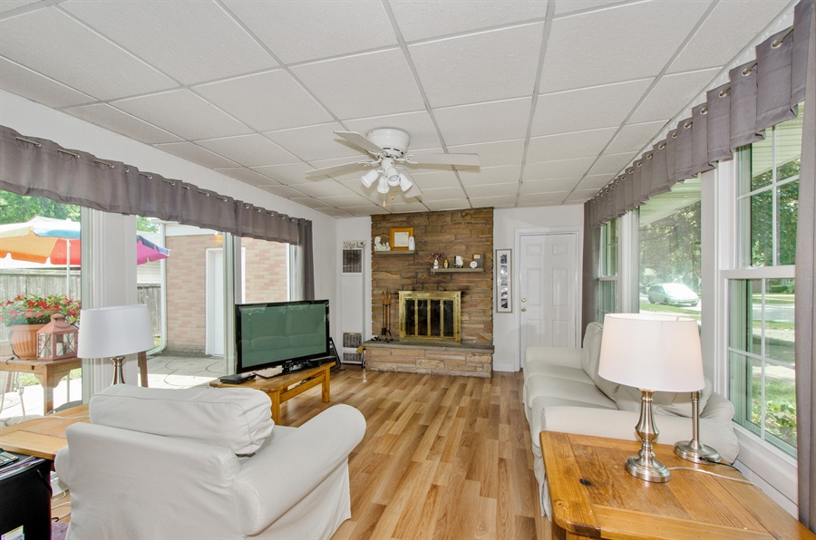 Real Estate Photography - 1701 S Greenwood, Park Ridge, IL, 60068 - Family Room