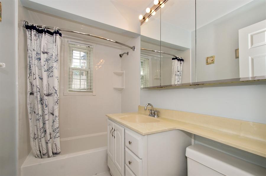 Real Estate Photography - 1701 S Greenwood, Park Ridge, IL, 60068 - Bathroom