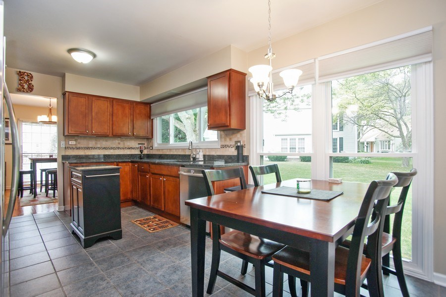 Real Estate Photography - 2 Black Twig Rd, Rolling Meadows, IL, 60008 - Kitchen