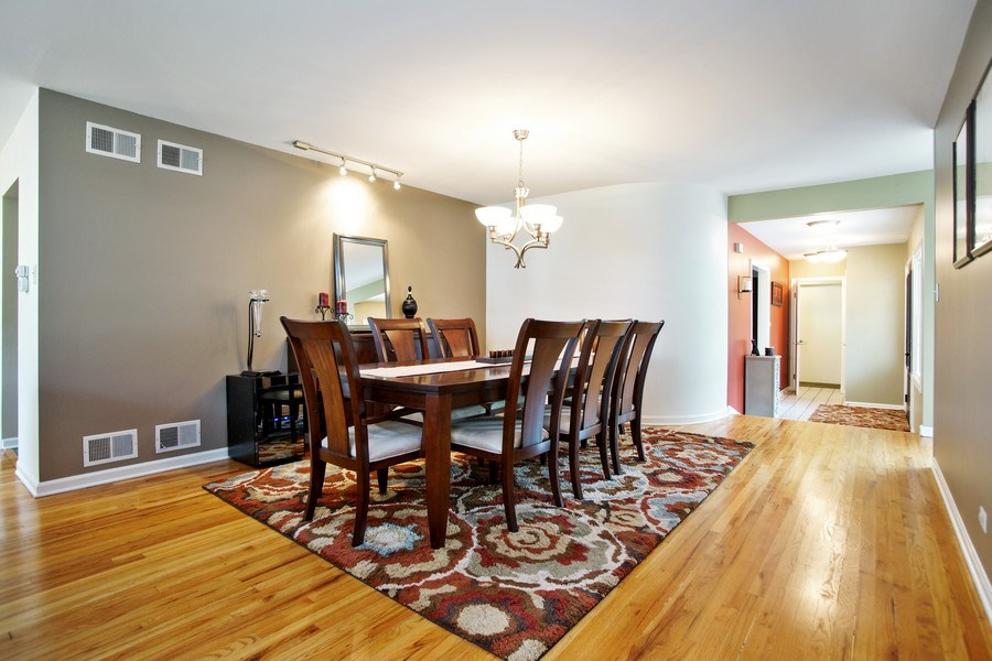 Real Estate Photography - 2 Black Twig Rd, Rolling Meadows, IL, 60008 - Dining Room