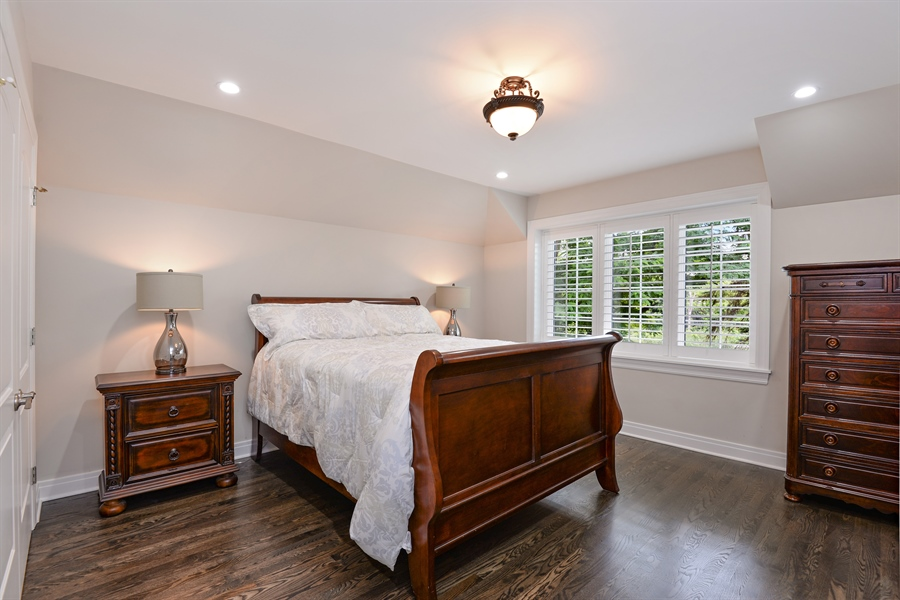 Real Estate Photography - 1435 N McKinley, Lake Forest, IL, 60045 - Bedroom