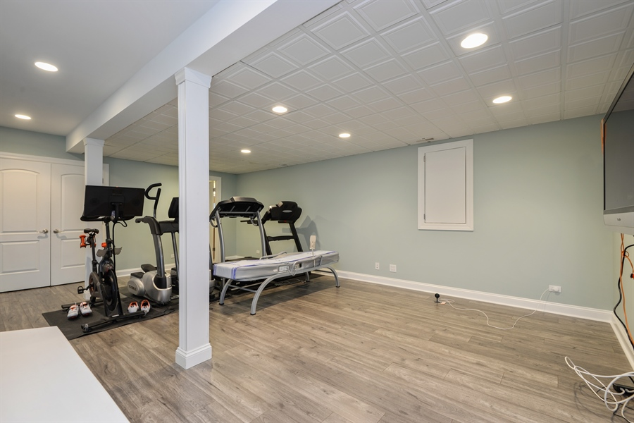 Real Estate Photography - 1435 N McKinley, Lake Forest, IL, 60045 - Recreational Room