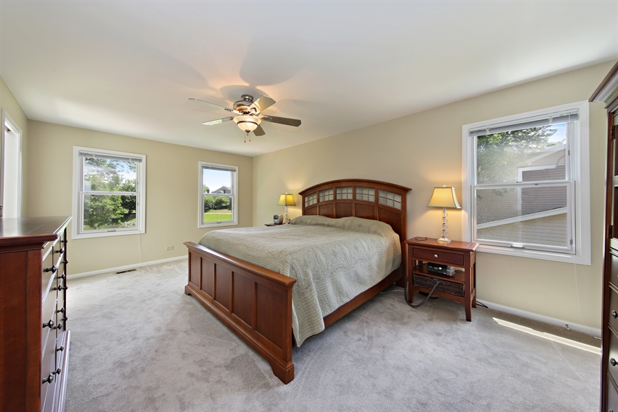 Real Estate Photography - 2810 Mill Creek Ln., Rolling Meadows, IL, 60008 - Master Bedroom