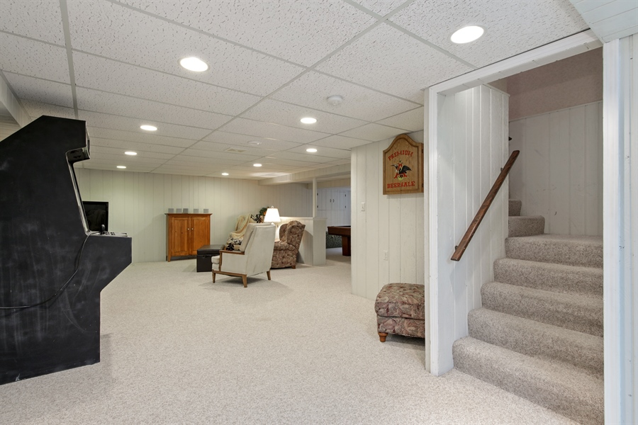 Real Estate Photography - 2810 Mill Creek Ln., Rolling Meadows, IL, 60008 - Lower Level
