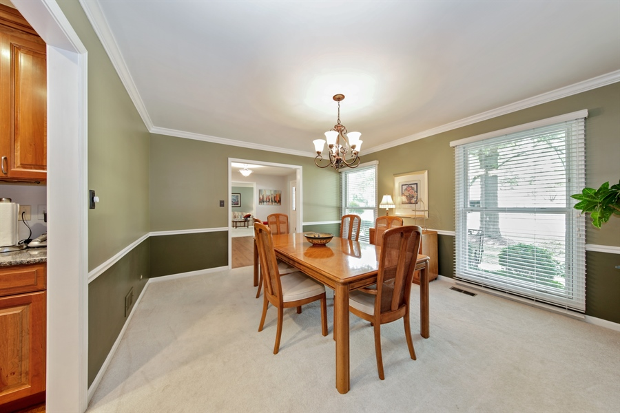 Real Estate Photography - 2810 Mill Creek Ln., Rolling Meadows, IL, 60008 - Dining Room
