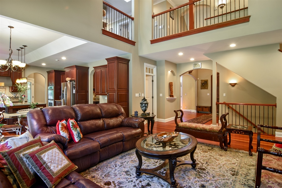 Real Estate Photography - 1561 Pendelton Court, Palatine, IL, 60067 - Great Room